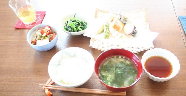 Foto   www.tsunagujapan.com
