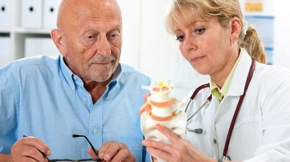 Foto | http://careinfo.in/2016/09/osteoporosis-treatment/