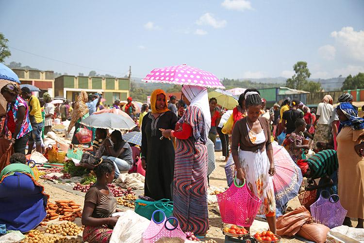 エチオピア ジンカ 土曜 マーケット