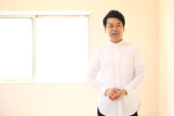 「家事えもん」こと松橋周太呂さん バストアップ