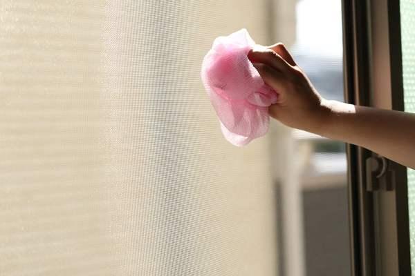 「家事えもん」こと松橋周太呂さん 網戸 掃除