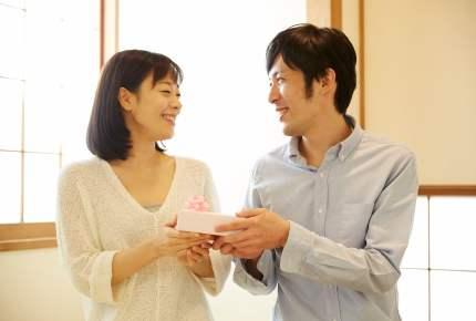 結婚10周年はどう過ごす?「夫」から「妻」への愛の贈り物