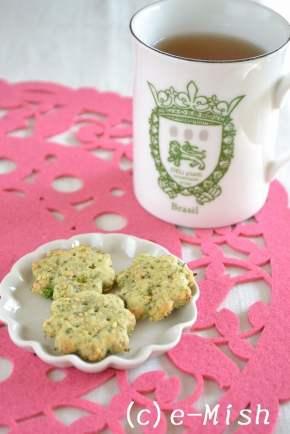 ブロッコリーと白ごまのクッキー