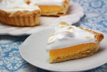 冷凍パイシートで簡単!メレンゲレモンパイが甘酸っぱくて美味しすぎ♡