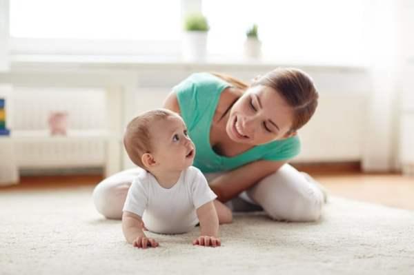 【ここだけの話…教えて!アオイ先生!】 赤ちゃんといっしょにあそぼう!~赤ちゃんとあそぶコツは?~