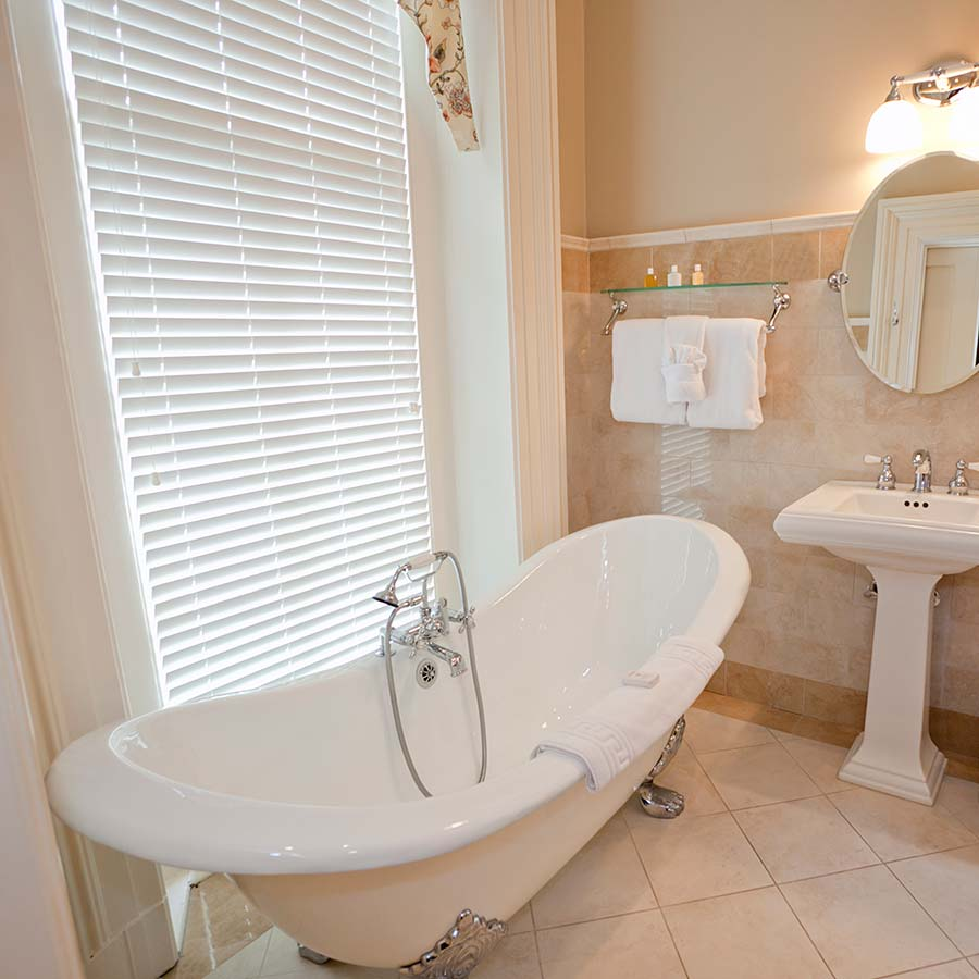 Bathroom Window Covering Bathroom Window Coverings Buying Guide Select Blinds Canada