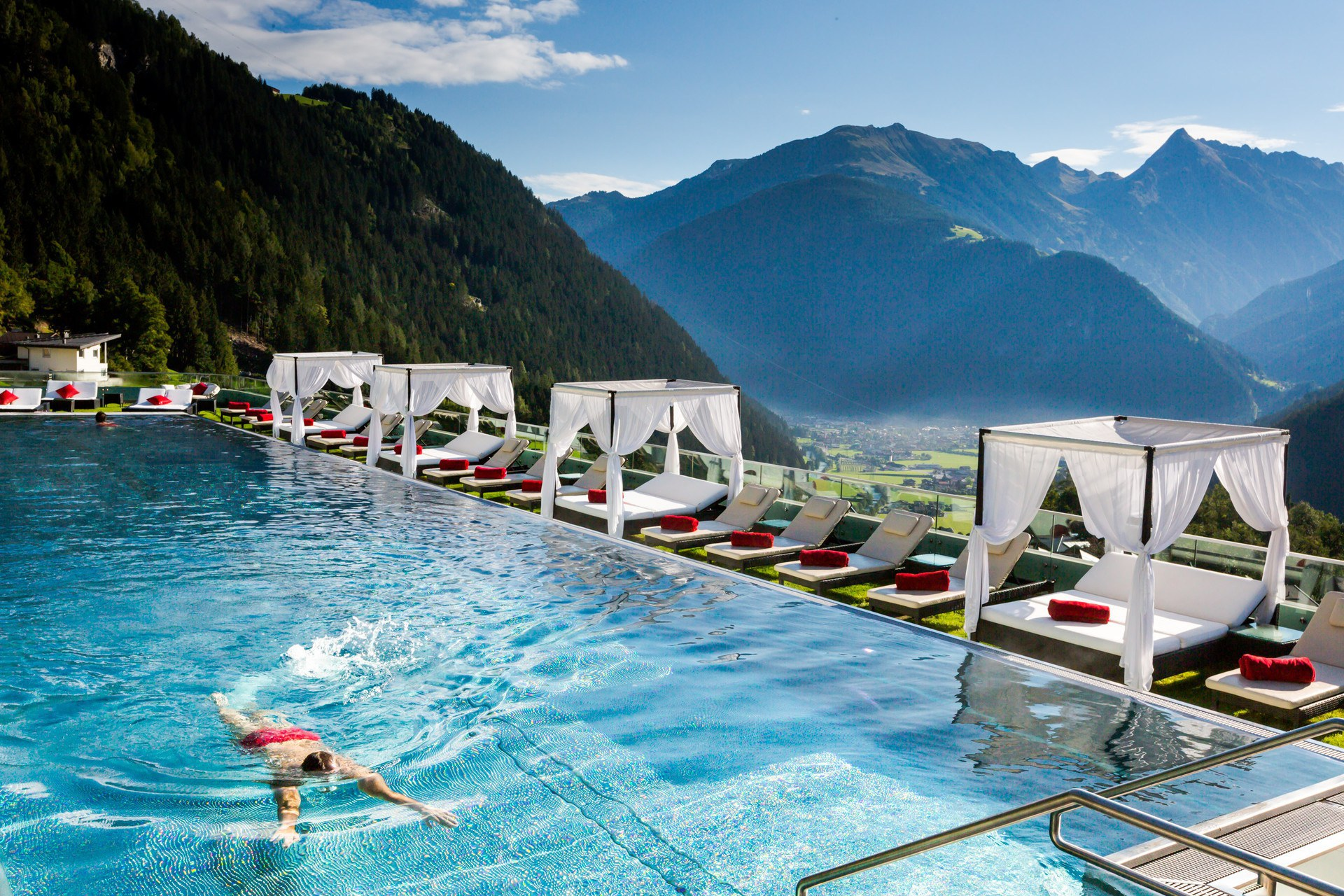 Ferienhaus Mit Pool Zillertal Stock Resort In Finkenberg Selectedhotels