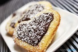 nutella almond heart cookies