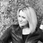 Head shot of Jane Dixon-Smith