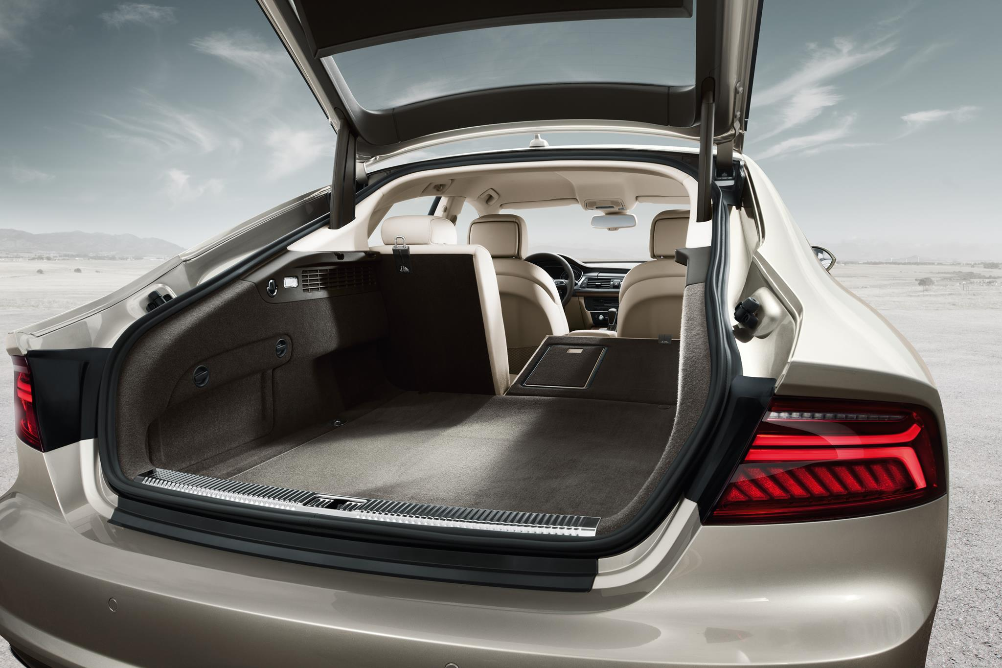 Jb Lighting Varyled A7 Zoom The 2015 Audi A7 Sportback Is Presence Redefined With New