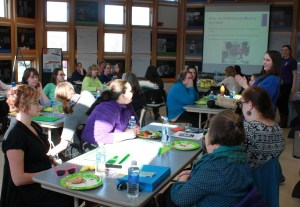 ciencenter educators, Cornell University students and ECC Lab researchers conduct a workshop for Head Start teachers.