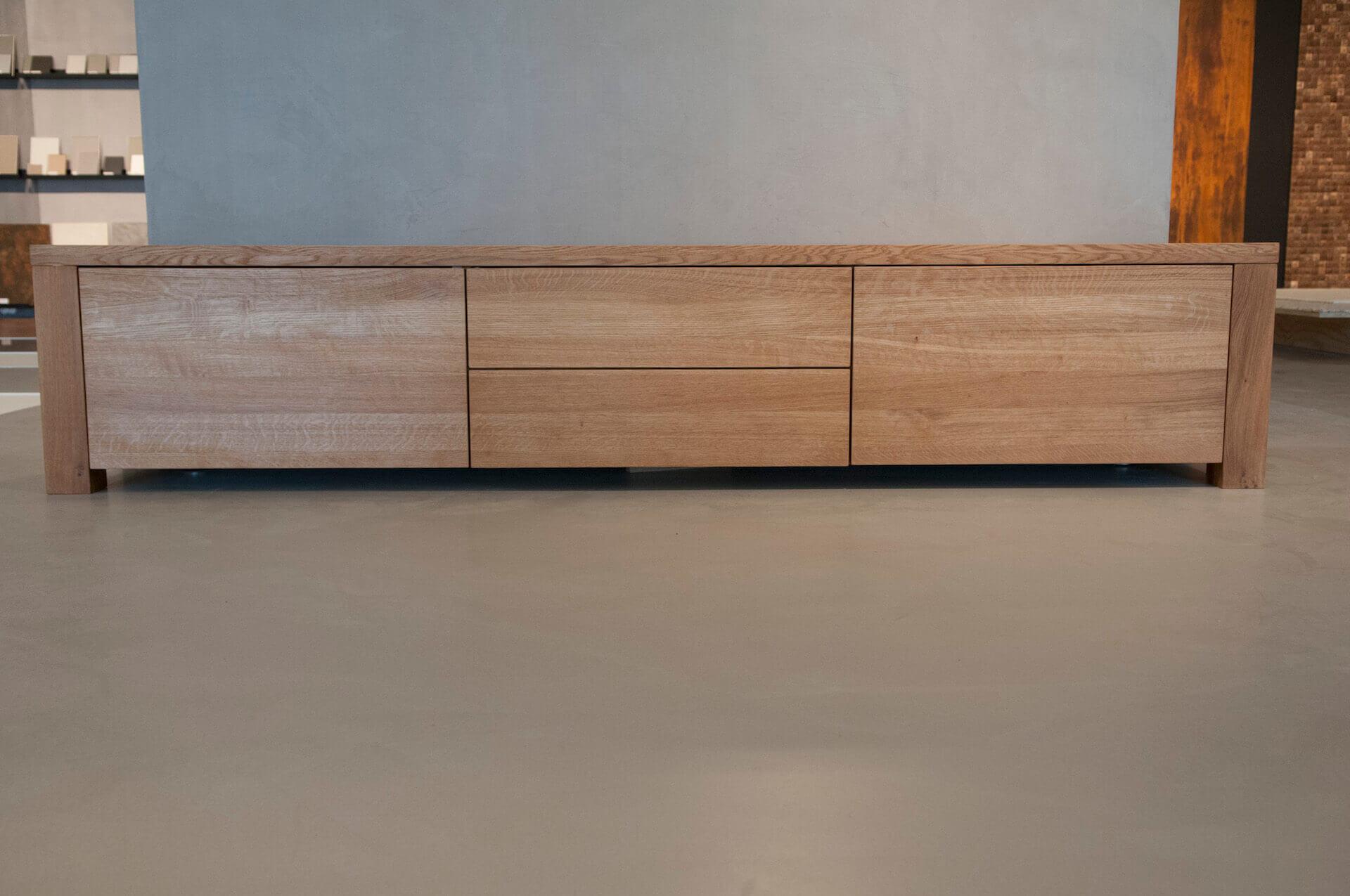 Eikenhout Tv Meubel : Eik tv meubel bergamo