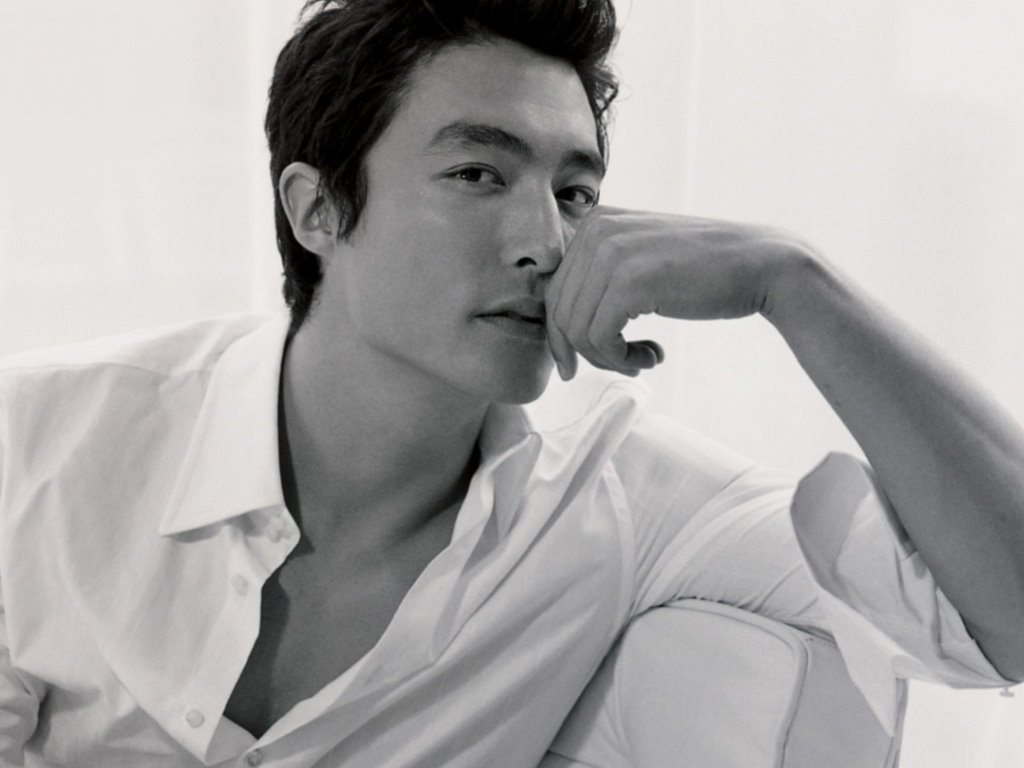 Do you believe chinese actors are stereotyped in hollywood films?