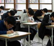 College entrance exams and the idol industry
