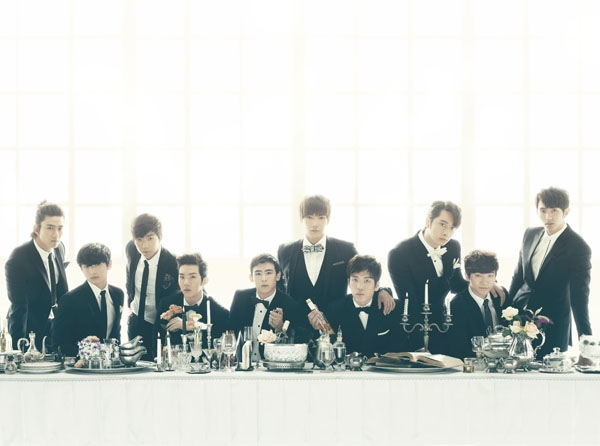 20121119_seoulbeats_2pm_2am_oneday_table_feast_banquet_food