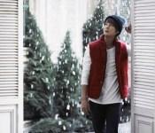 "Shin Hye-sung's Melancholic ""Winter Poetry"""