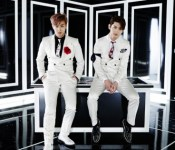 "TVXQ Leaves Fans ""Spellbound"""