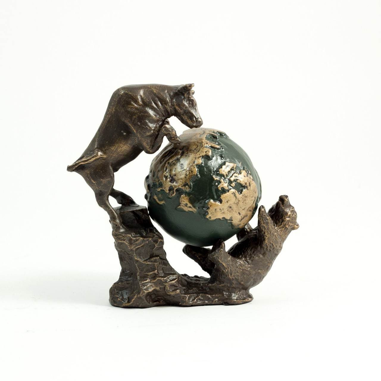 Bull And Bear Gifts Bull And Bear Battle For The World Executive Gift Shoppe