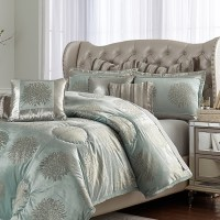 Michael Amini Regent bedding in King and Queen Sizes ...
