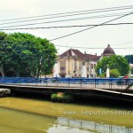 Pesona jembatan berok