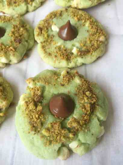 White Chocolate Pistachio Kiss Cookies 3-1