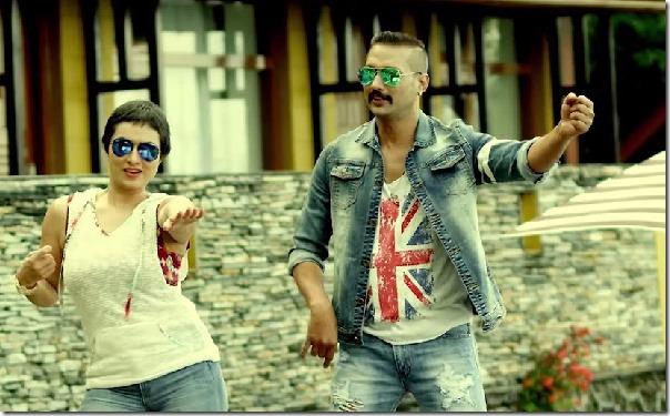 nisha adhikari and nikhil upreti in lootera song