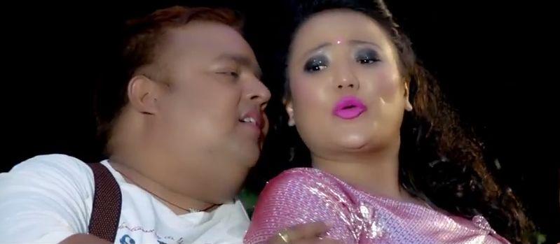 Jyoti Magar comedy song Latokosero with Lajalam, RP Bhattarai