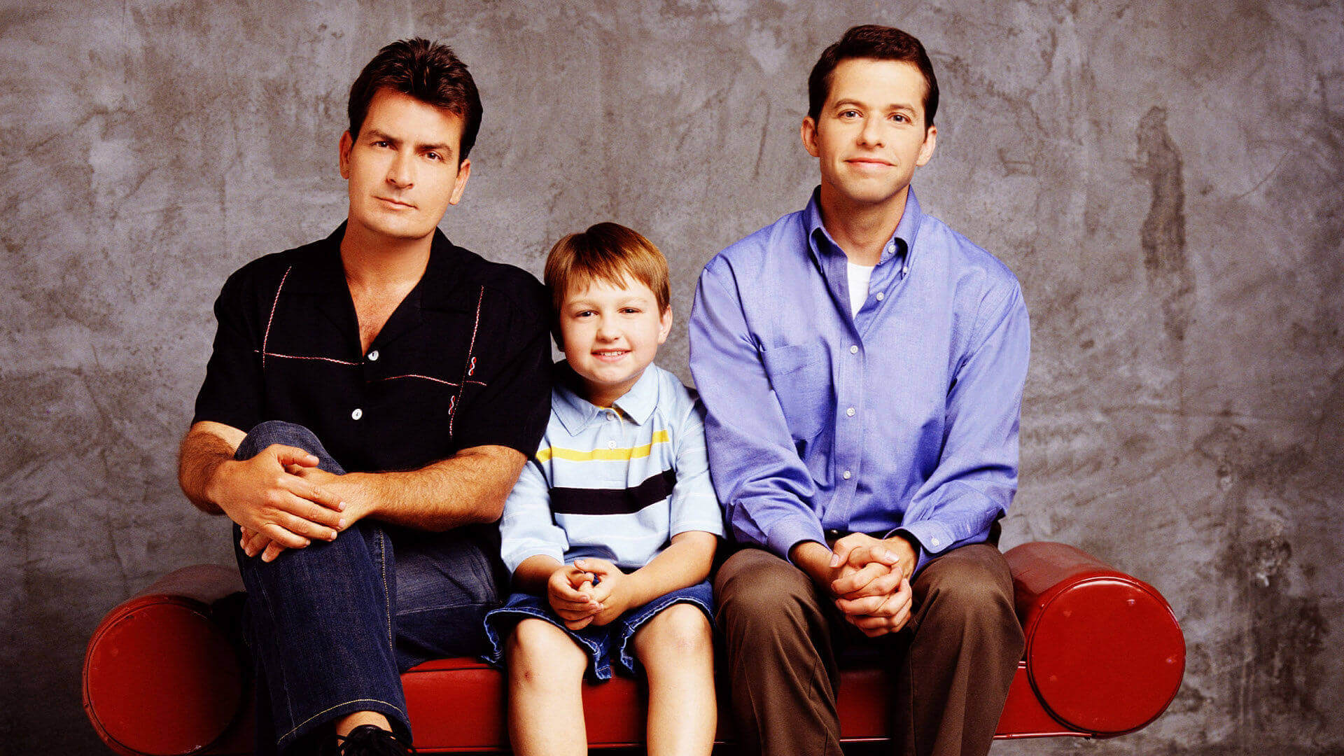 Couchtisch Two And A Half Men Two And A Half Men Tv Serie 2003 2015 Serienytt