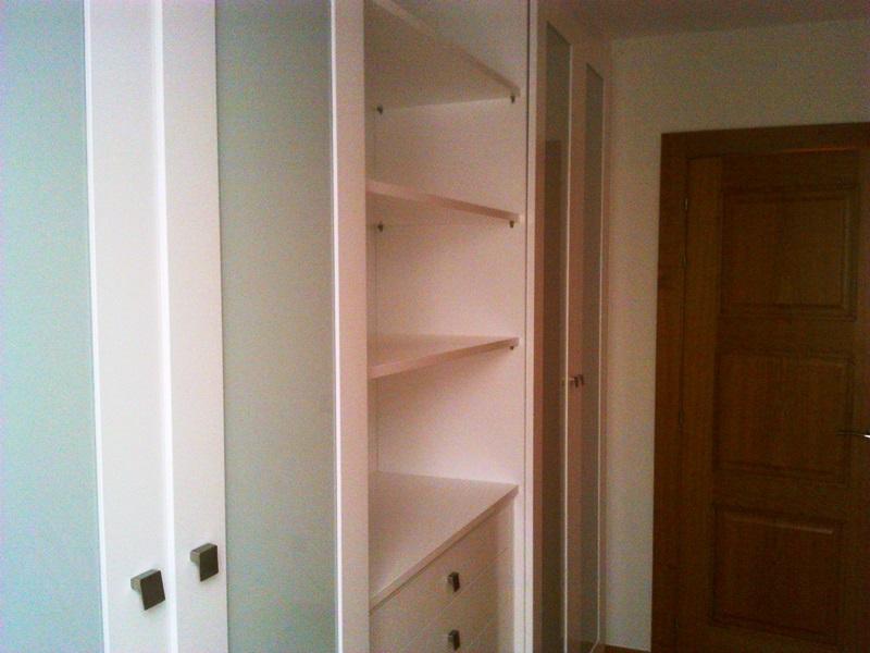 Aprovechar espacio en una habitaci n peque a reformas y - Aprovechar espacio habitacion pequena ...