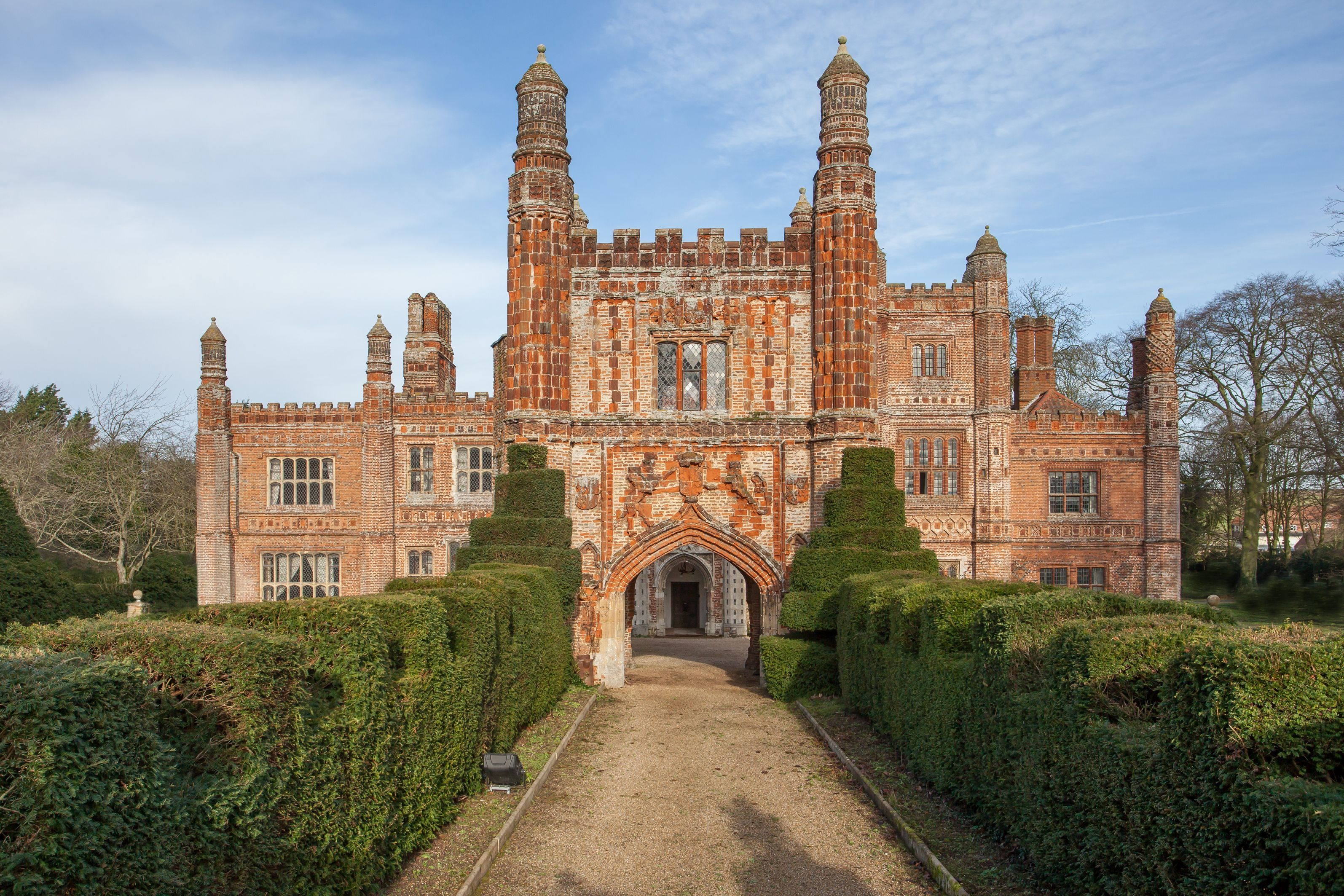 The 16th century manor house has eight nine bedrooms six seven reception rooms and a separate three bedroom cottage with detached gatehouse