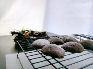 vegan whoopie pie recipe dusting