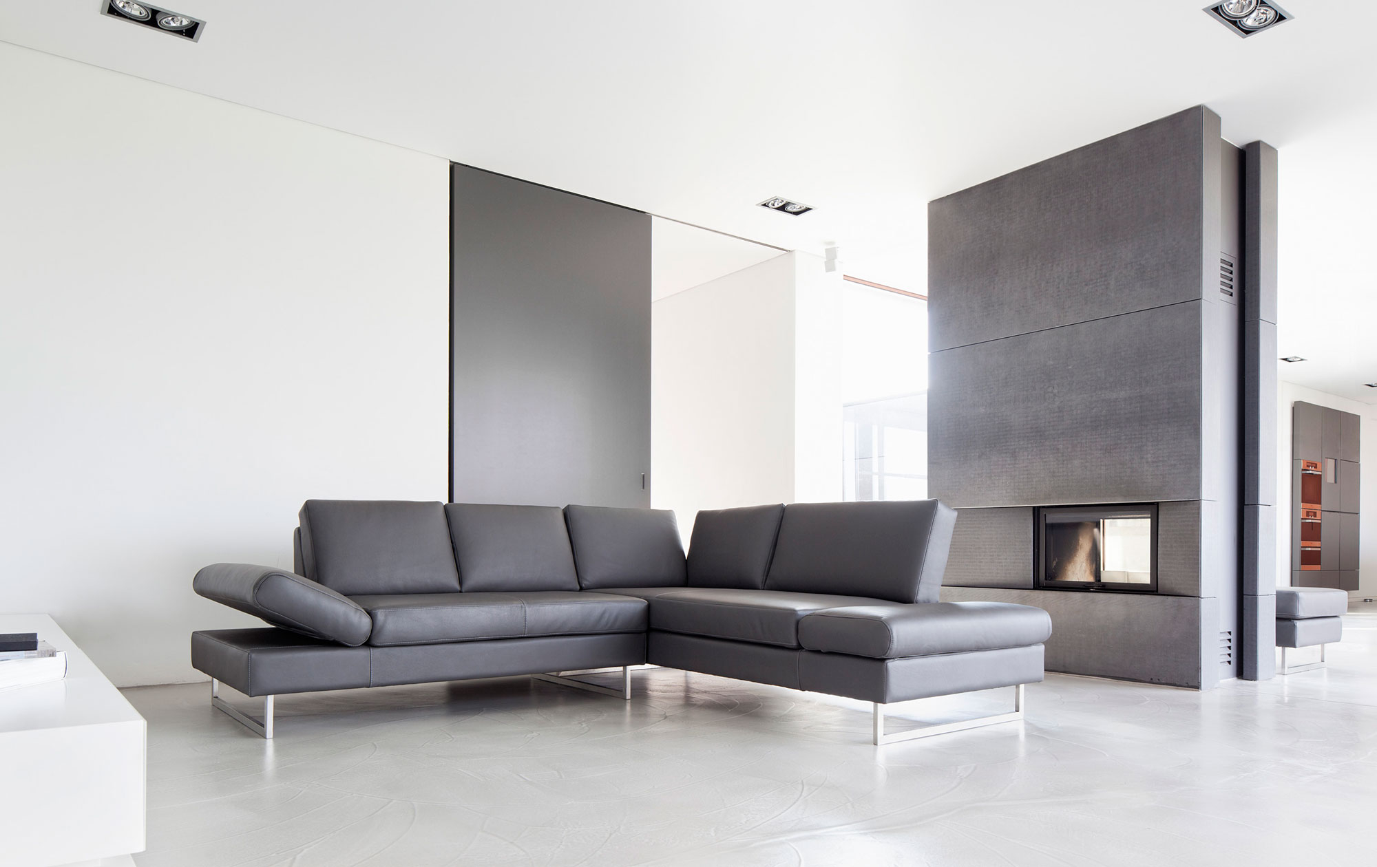 Schlafsofa Boxspring Sofa Essen In Leder | Sessel-manufaktur.de