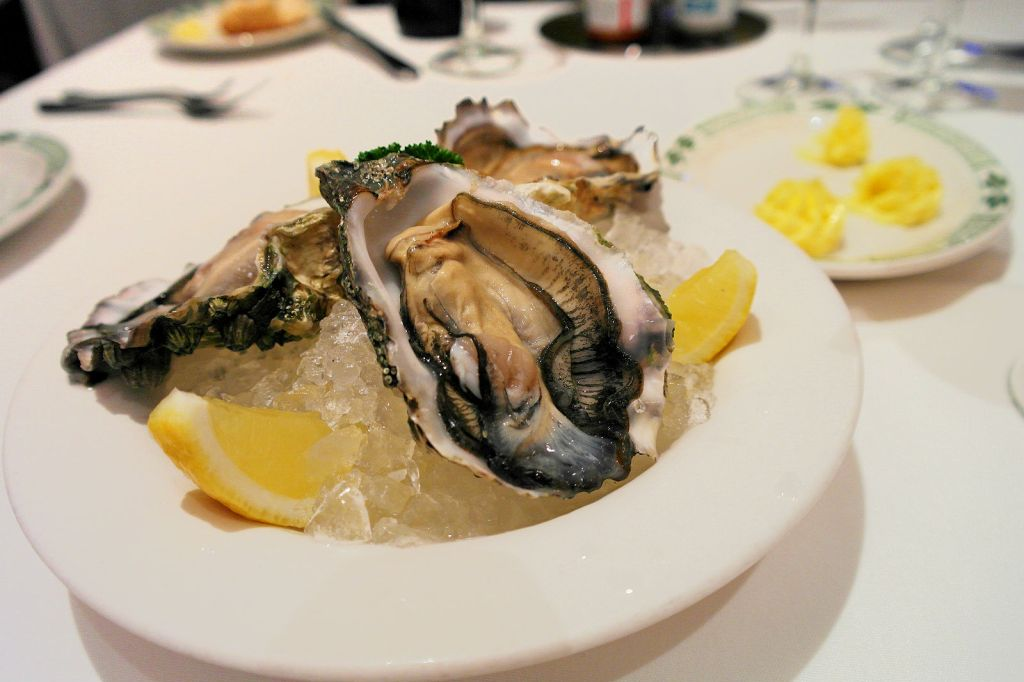 Lawry's canadian oysters singapore