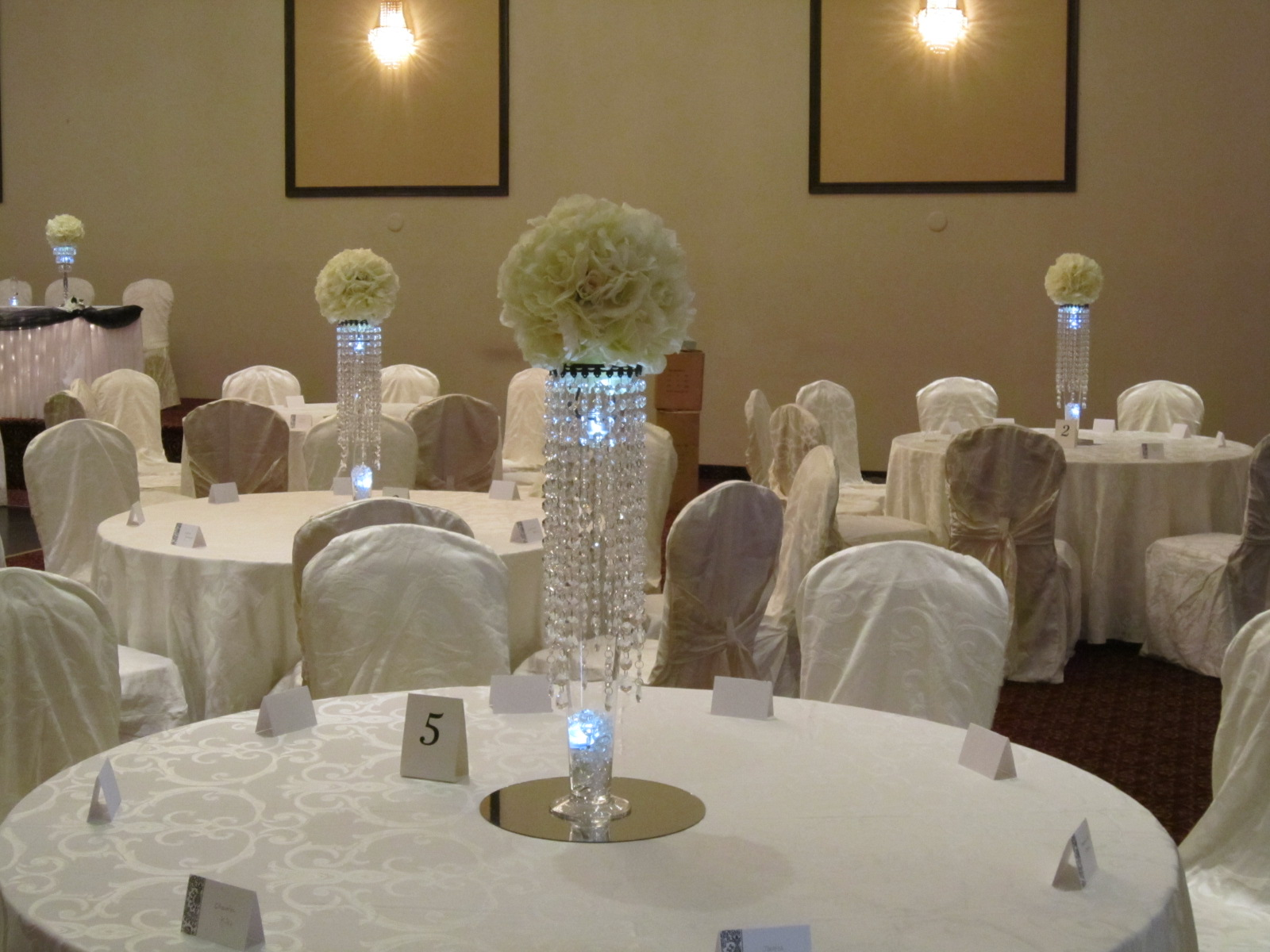 Crystal Decorations For Home Crystal Centerpieces At Weddings Set The Mood Decor