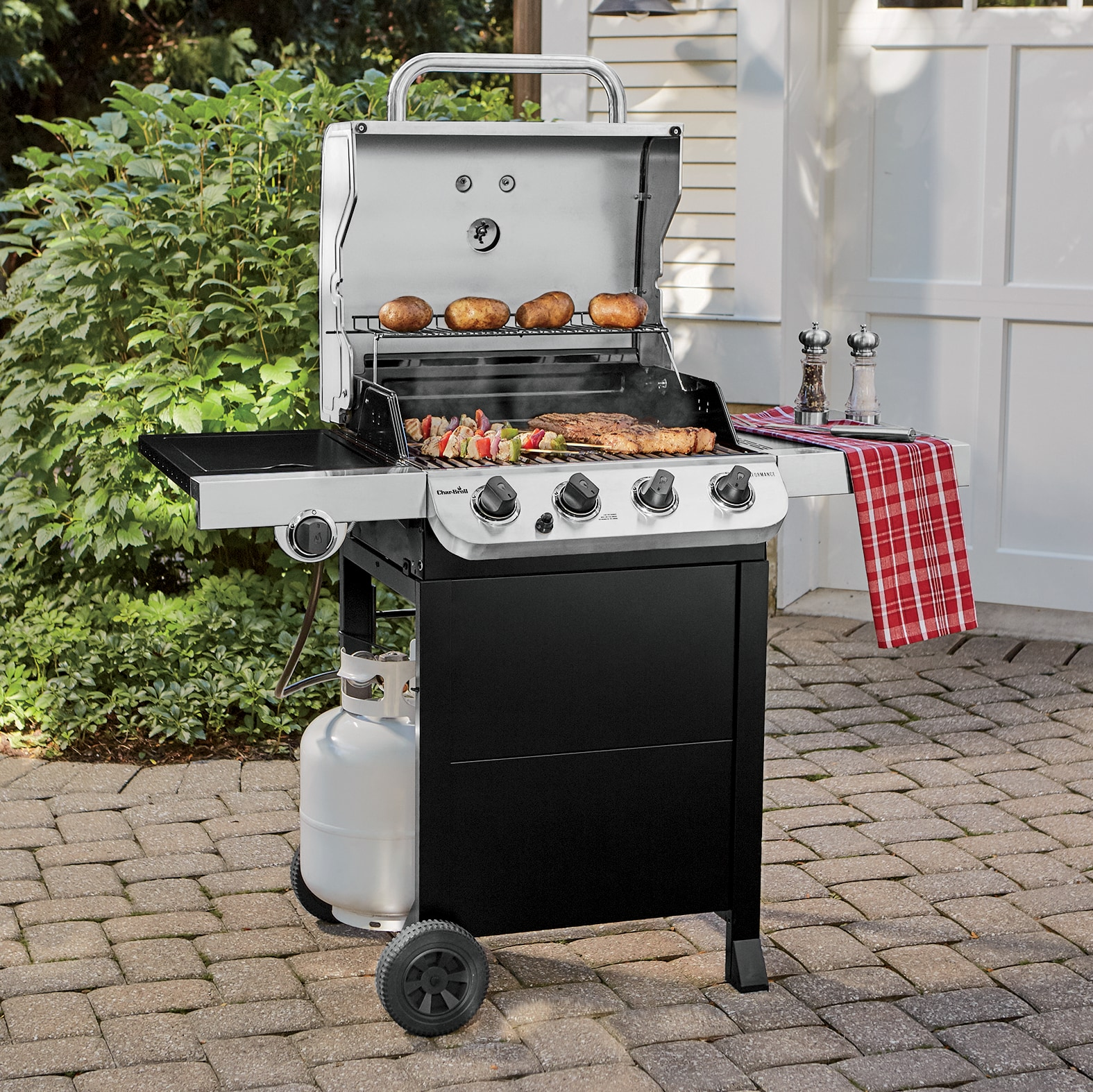 Broil Gasgrill Char Broil 4 Burner Performance Gas Grill Seventh Avenue