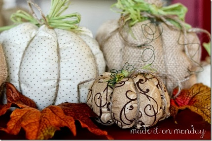 Simple-Fabric-Pumpkins