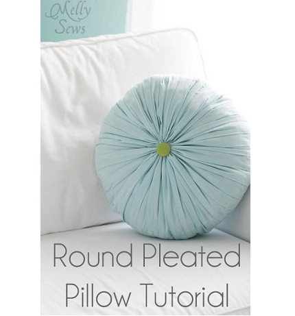 How To Make Round Throw Pillow : Tutorial: Round pleated and tufted accent pillow ? Sewing
