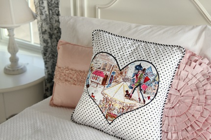 Tutorial: Piped heart applique throw pillow