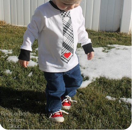 Tutorial: Little boy Valentine neck tie tee