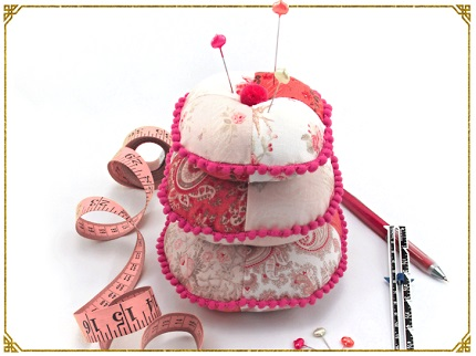Tutorial: Patchwork pincushion stack