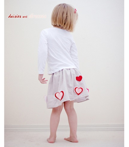 Tutorial:  Easy layered felt heart skirt
