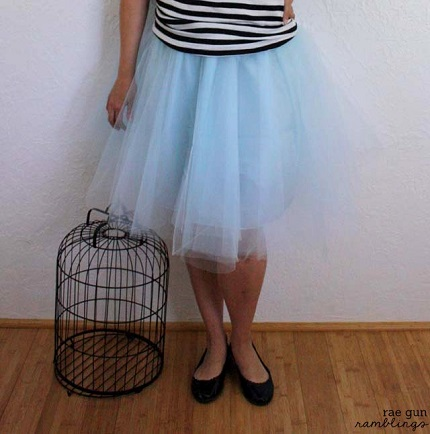 Tutorial: 30-minute tulle skirt
