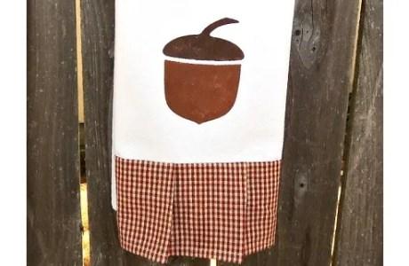 acorn-towel