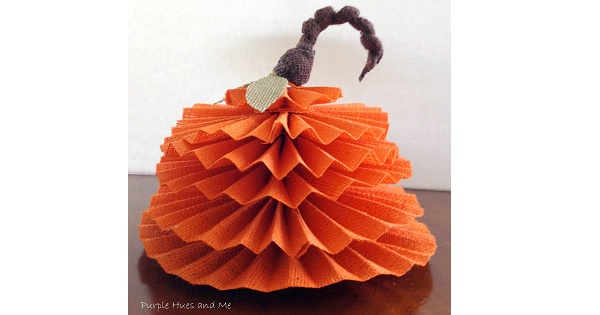 Tutorial: No-sew accordion burlap pumpkin