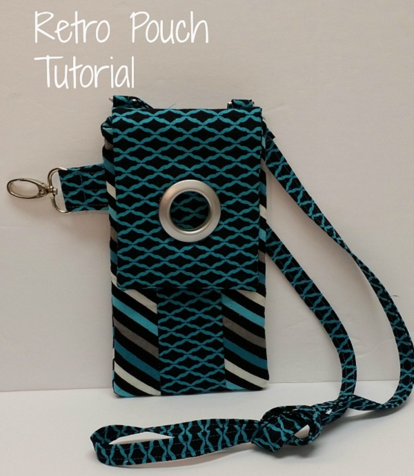 Free pattern: Retro phone pouch