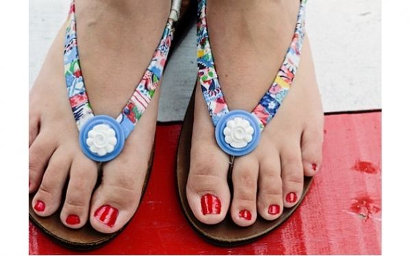 Tutorial: Scrap fabric wrapped flip flops