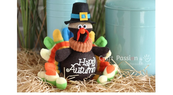 Free pattern: Sock turkey softie