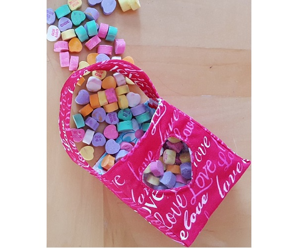 Tutorial: Heart window Valentine's treat bag