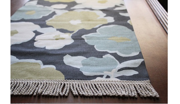 Tutorial: 20-minute no-sew table runner