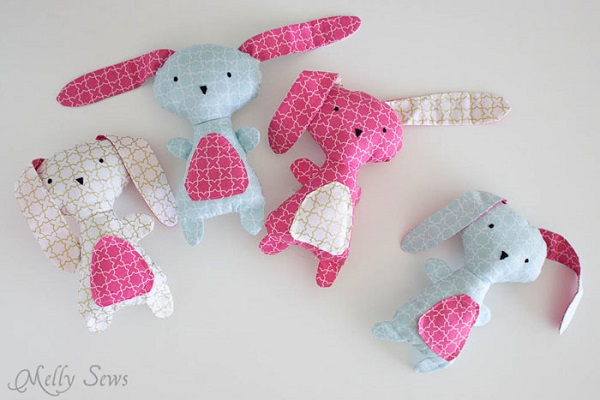Free pattern: Wonderland bunny doll